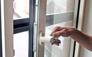Zijn uw ramen veilig tegen inbraak? Zo test u uw raamsloten.