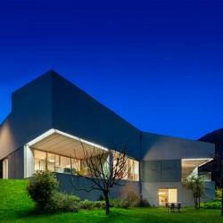 Toegangscontrole voor KMO's, organisaties en exclusieve woningen: PRO MEDIUM