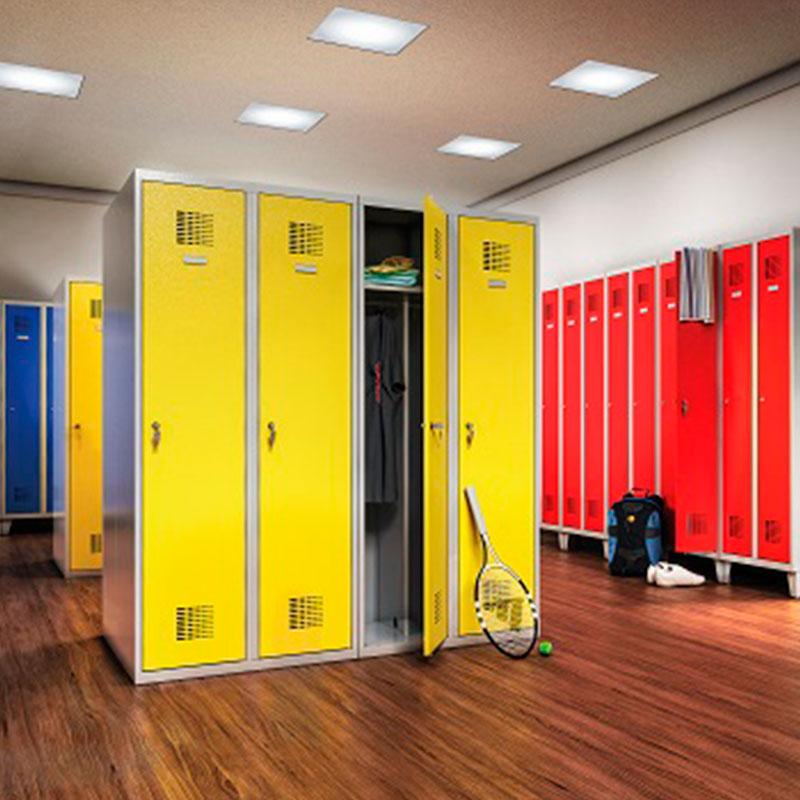 lockers-met-verschillende-sluitsystemen-sleutel-badge-code