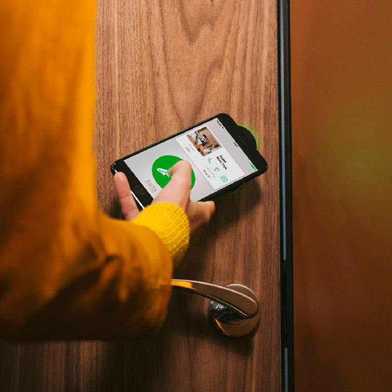digitale toegangscontrole op veiligheidsdeuren